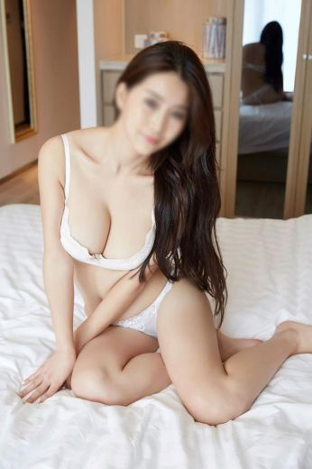Sexy Oriental Escorts Edinburgh EH3 07466598303